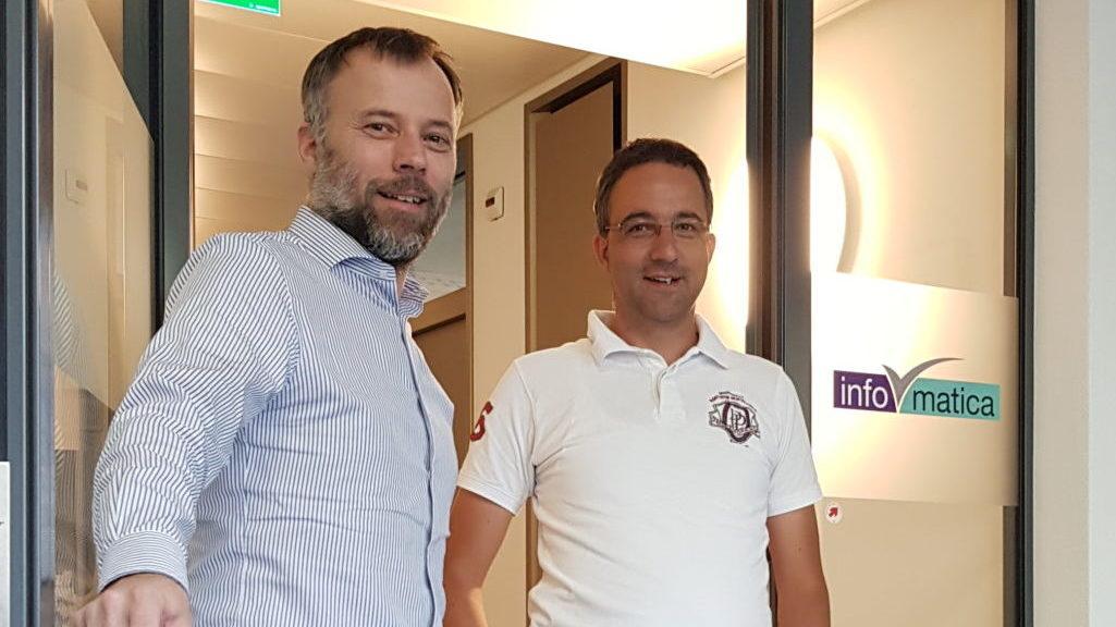 V.l.n.r: Andrea Schlegel (informatica Ag), Sandro Prevosti (Novicom AG)